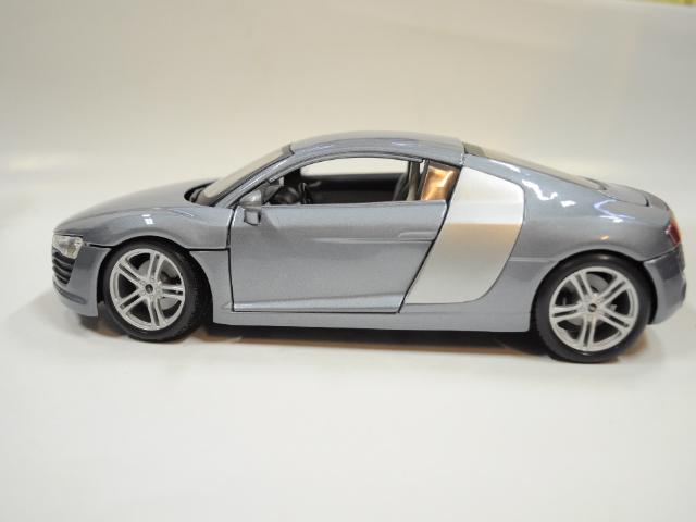 Modely 1 18 Automobily Audi R8 Modr 225 1 18 Maisto